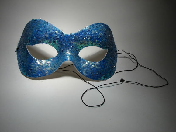 sequined mask - Torli Roberts